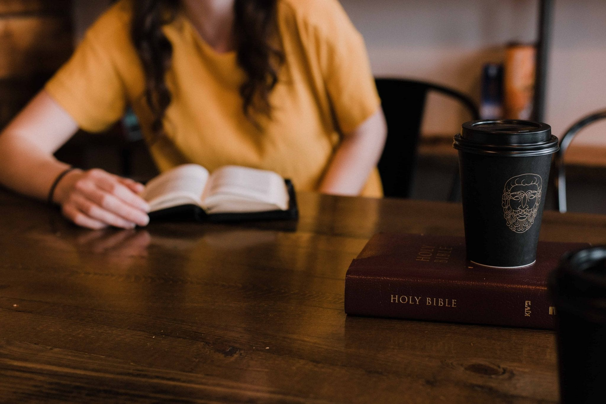 10 Graduation Gifts for the New Bible College Freshman